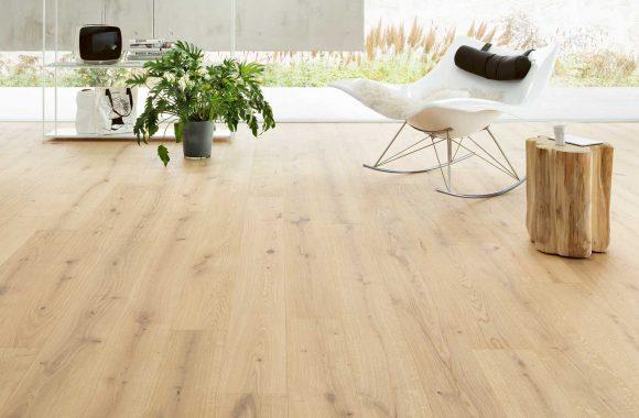 Landegger - Holzboden für die Wohnküche - schönes Holzbild