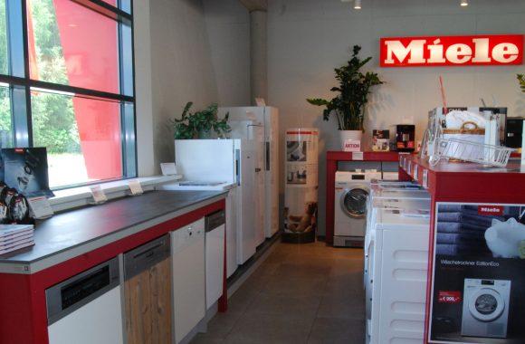 Schauraum Miele Center mit Küchenstudio in Leoben